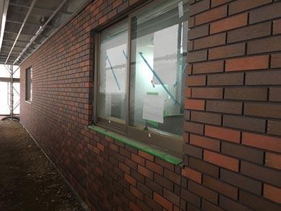 西棟 1F 外壁タイル施工完了