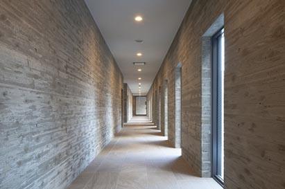 廊下棟 内部全景