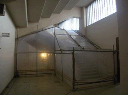 内部階段手摺塗装アスベスト除去用隔離養生状況 H29.12.25