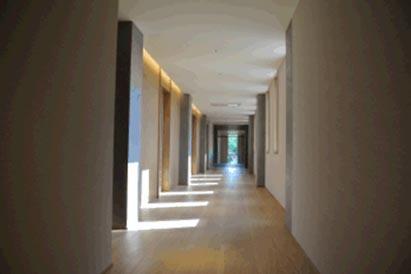 1階東廊下全景