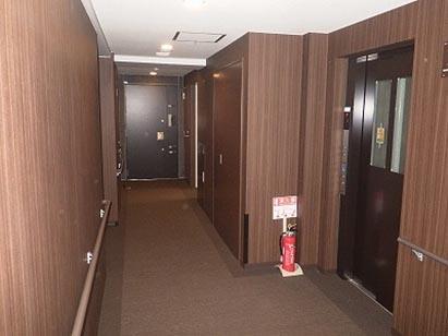 屋内廊下全景